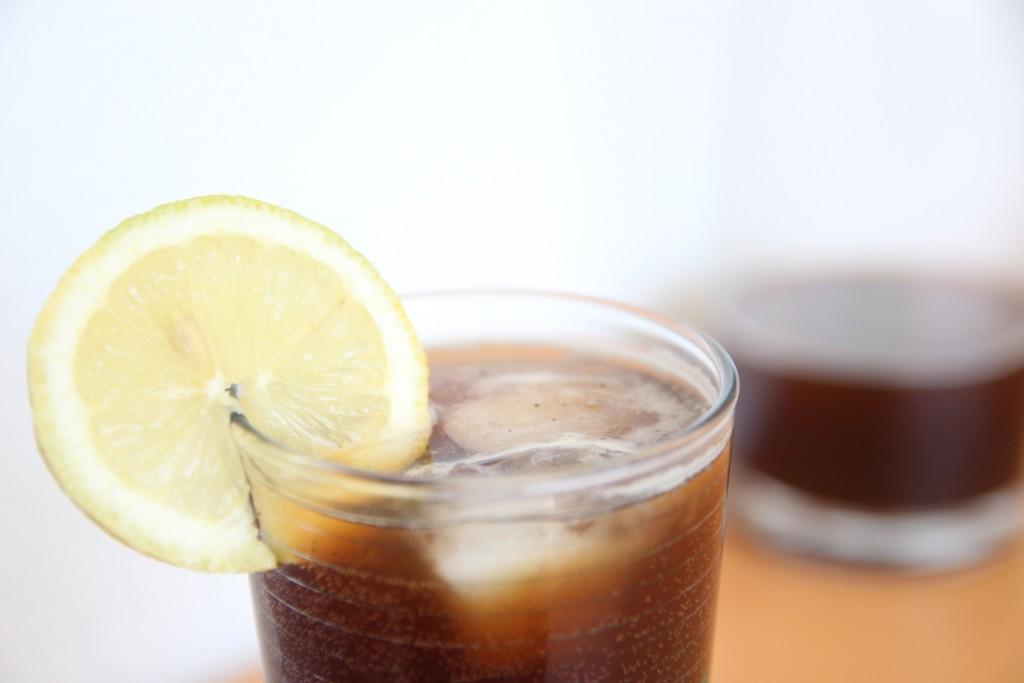 Kaffeelimonade - selbstgemachte Cola